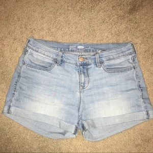 Light Wash Jean Shprts Size 4 regular